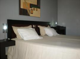 A picture of the hotel: Hotel Dom Joao IV