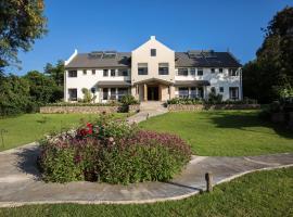 Hotel photo: Arusha Villa Karamu Coffee Estate