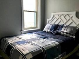 Hotel photo: 238 · Spacious Place in Byward Market - Free Parking 238