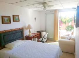 Ξενοδοχείο φωτογραφία: Beautiful & Spacious Terrace Room w/a Garden