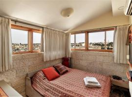 Hotel kuvat: Vacation Apartment in Old Jerusalem