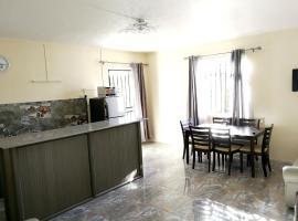 Hotel photo: Apartment Avenue Hibiscus