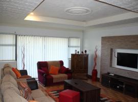 Photo de l'hôtel: Grey Oak Holiday House