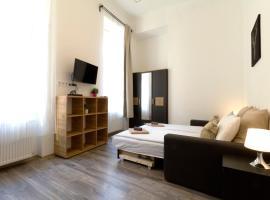Фотографія готелю: Karikum Small