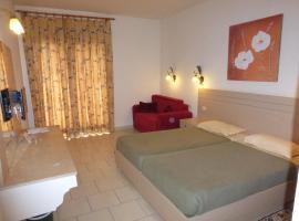 Hotel photo: Omar Khayam Club