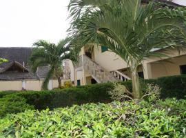 Hotel photo: Coconut Beach Studio Apartment