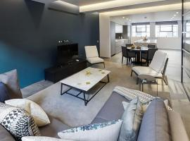 酒店照片: a luxurious three-bedroom apartment