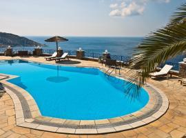מלון צילום: Hermes