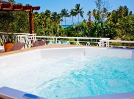 Hotel photo: Luxurious Spectacular beachfront rooftop penthouse: a Caribbean paradise