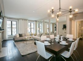 Hotel photo: Prime Fifth Avenue Ultra Luxurious Large 3 Bedroom - Gym /Doorman/Elevator A