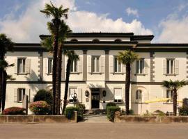 A picture of the hotel: Albergo Gardenia