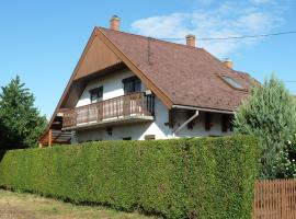 Hotel photo: Holiday home in Agard/Velence-See 20606