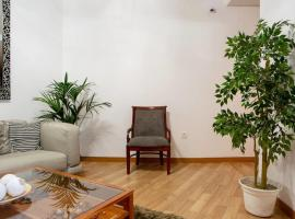 Hotel photo: Spacious & Cozy 7 bed/3bath in Madrid City Center