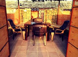 Hotel Photo: El Sheraa Chalets
