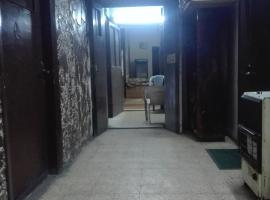 Hotel photo: ساحة الملك فيصل الأول 37 شقة 2
