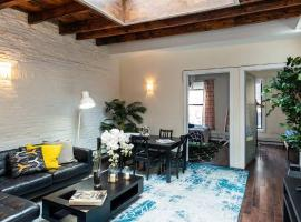 Hotel photo: GORGEOUS PRIME SOHO 3 BEDROOMS PENTHOUSE