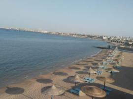 ホテル写真: شاليهات قرية سيسيليا الغردقة