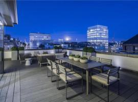 Hotel photo: Duplex penthouse with stunning roof terrace