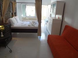 Ξενοδοχείο φωτογραφία: Korthi central appartment by the seaside.