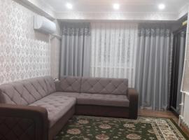 Hotel photo: Двухкомнатная квартира в центре города Ташкента