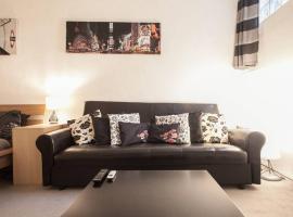 Hotel photo: Charming & Spacious Large Buckingham Gate Apartment 3bed/3bath