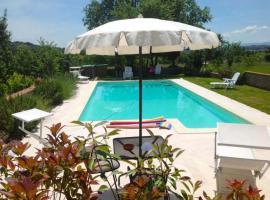 Hotel photo: La Querce Villa Sleeps 5 Pool WiFi
