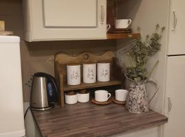 Hotel photo: RubyRed Selfcatering Cottage