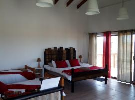 Hotel photo: Little Sisters Self-catering