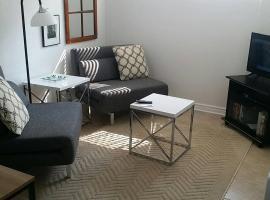 Hotel photo: One bedroom apt. Downtown. Parking/Wifi/TV/Netflix