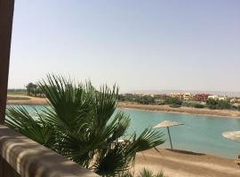 Hotel photo: EL Gouna near to steigenberger apartment