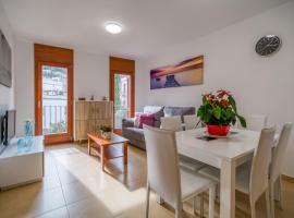 A picture of the hotel: Vivalidays Urban Tossa Duplex
