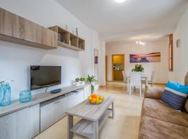 A picture of the hotel: Vivalidays Urban Tossa BX