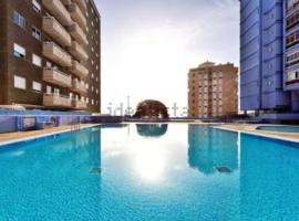 Hotel photo: Cómodo estudio con piscina y vistas al mar