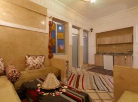 Hotel photo: N 9 Derb El kbir Bensaleh Médina Marrakech