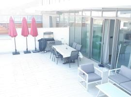 Hotel photo: Beautiful Penthouse with pool in Eilat