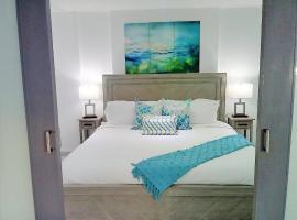Hotel photo: Isla Verde Gem at Saint Tropez Beach Access