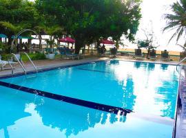 Hotel photo: Topaz Beach Hotel