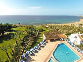 Hotel photo: Apartments Helios Bay Hotel Paphos - PFO01017-CYA