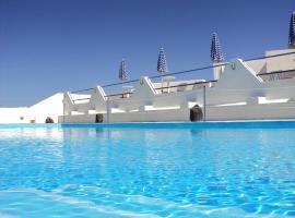 מלון צילום: Adamastos