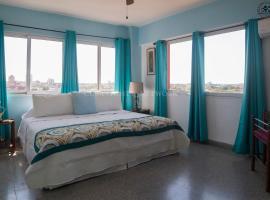 Фотография гостиницы: Central Apt+Views+WiFI