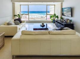 Hotel photo: Luxury Full Sea View Apt Facing Gordon Beach