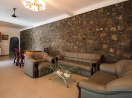 Hotel photo: Kandy House No. 2