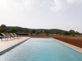 Hotel photo: Villa Julia - Nice new villa with 4 bedrooms & big private pool