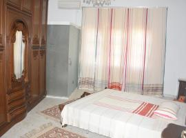 Hotel near Şaqānis