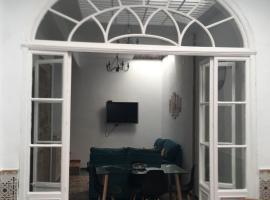 A picture of the hotel: Casa histórica de 1865