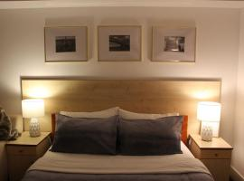 Hotel photo: Cabin Loft /AKL airport, Perfect for 1 person