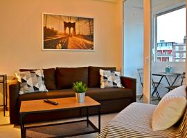 Hotel photo: Top floor Downtown Apartment