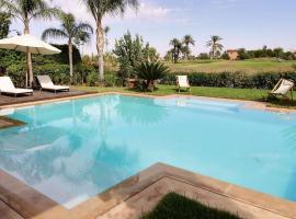 Hotel photo: Villa Golf Amelkis
