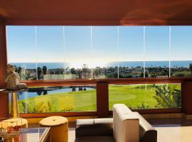 Hotel photo: Primera Línea de Golf. Exclusivo Apartamento con terraza y vistas al mar