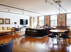 Hotel Foto: Soho Loft III by Onefinestay